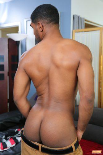 nakedblackmen-nakedblackmalebutt-blackbuttnaked-blackmengaysex